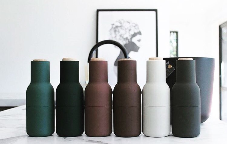 menu bottle grinders bottle greens one girl studio. Black Bedroom Furniture Sets. Home Design Ideas